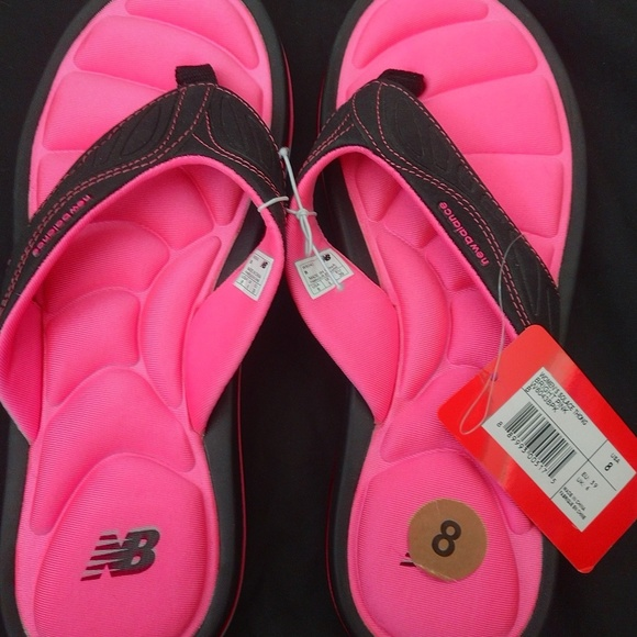 New Balance Womens Solace Thong Sandals